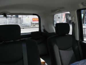 カーフィルム施工後の車の車内からの画像
