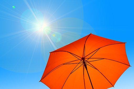 強烈な太陽光(紫外線)のイメージ画像